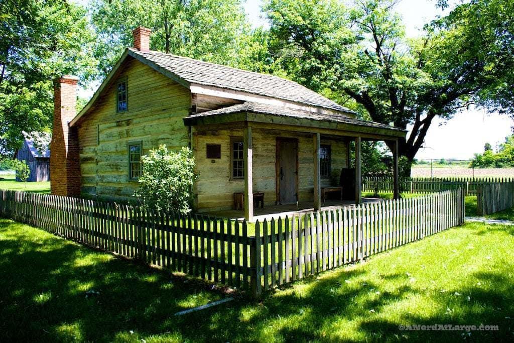 Buxton settlement cabin