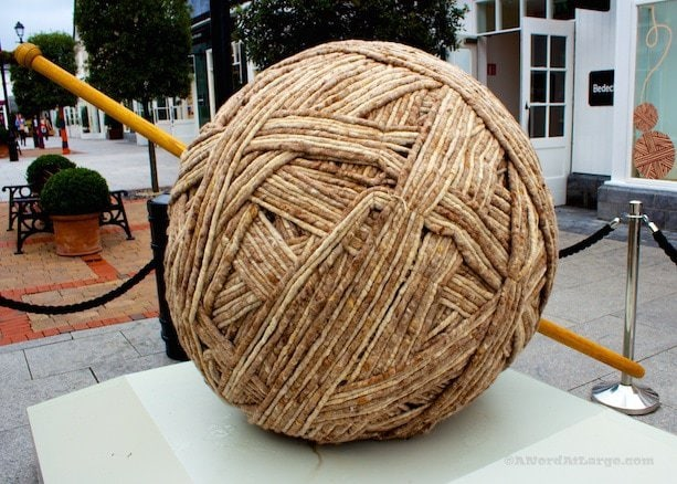yarnbombing Kildare Village ball of wool