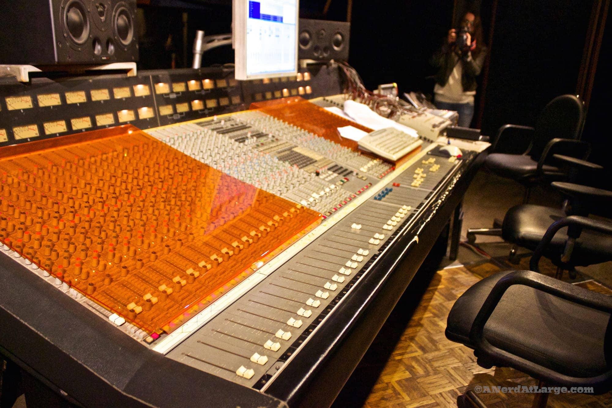 Magnanimous recording studio Thessaloniki